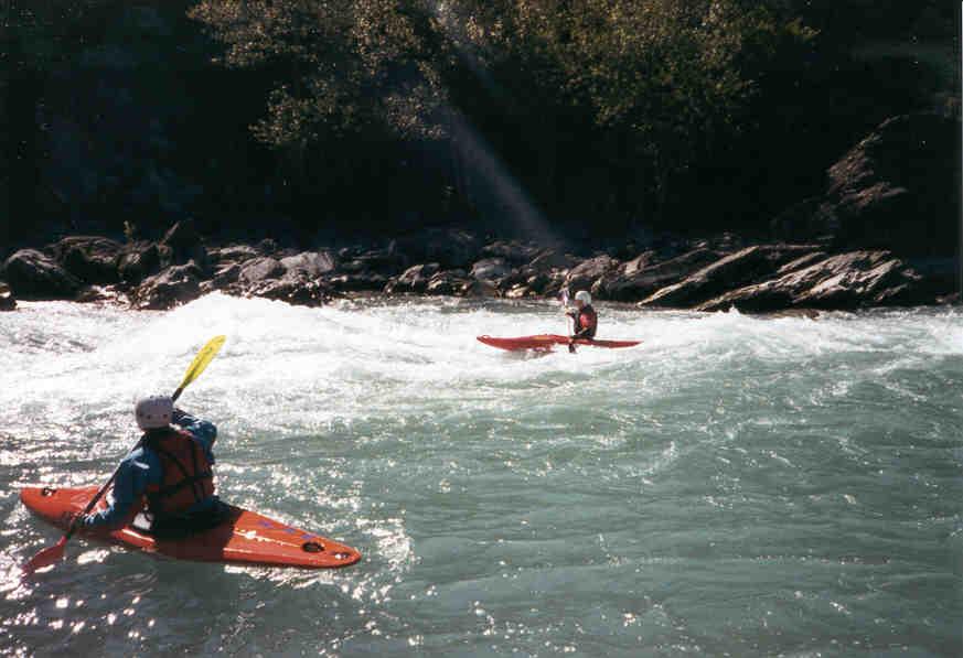 http://homepage.eircom.net/~irishwater/canoeingimages/Alps3.jpg