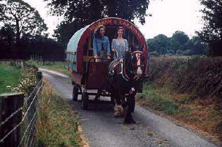 Wonderful Horsedrawngypsycaravanattheannualhorsefairinapplebyin