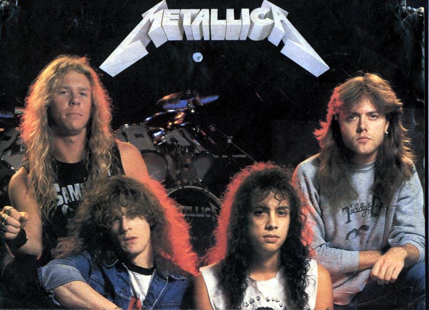 Metallica desert pic