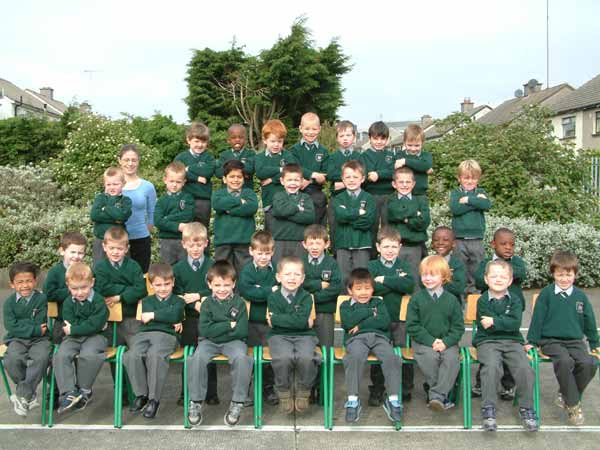 Junior Infants, Room 8, Ms. Caroline Cottell, May 2004