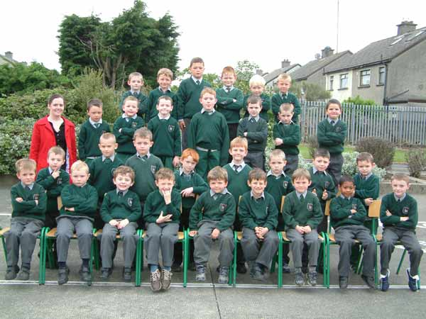 Senior Infants, Room 9, Ms. Lorraine Smith, May 2004